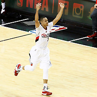 04-23 CLIPPERS AT TRAIL BLAZERS