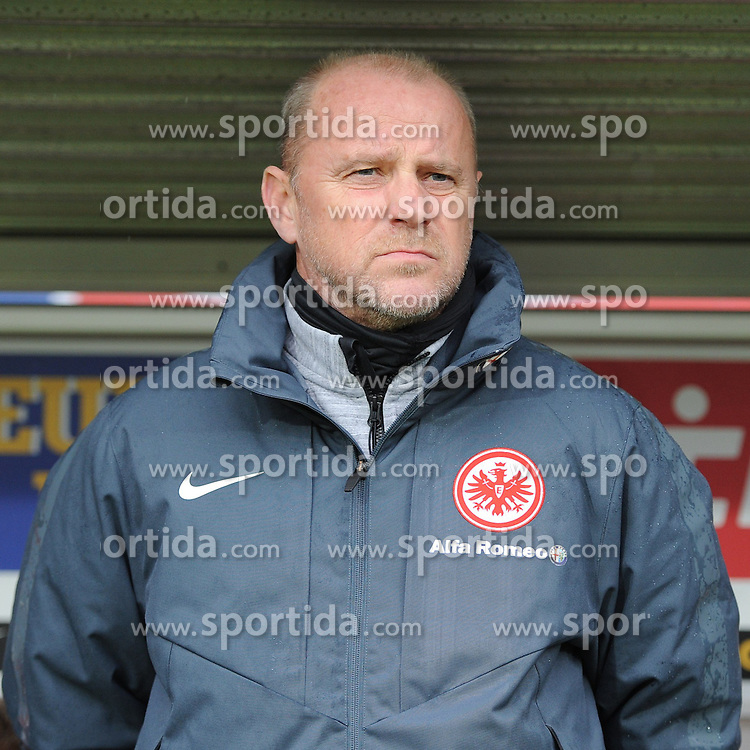 31.01.2015, Schwarzwald Stadion, Freiburg, GER, 1. FBL, SC Freiburg vs Eintracht Frankfurt, 18. Runde, im Bild Thomas Schaaf (Chef-Trainer Eintracht Frankfurt) // during the German Bundesliga 18th round match between SC Freiburg and Eintracht Frankfurt at the Schwarzwald Stadion in Freiburg, Germany on 2015/01/31. EXPA Pictures &copy; 2015, PhotoCredit: EXPA/ Eibner-Pressefoto/ Laegler<br /> <br /> *****ATTENTION - OUT of GER*****