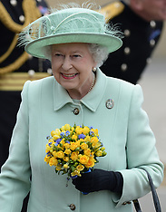 MAY 31 2013 The Queen visits The King's Troop Royal Horse Artillery