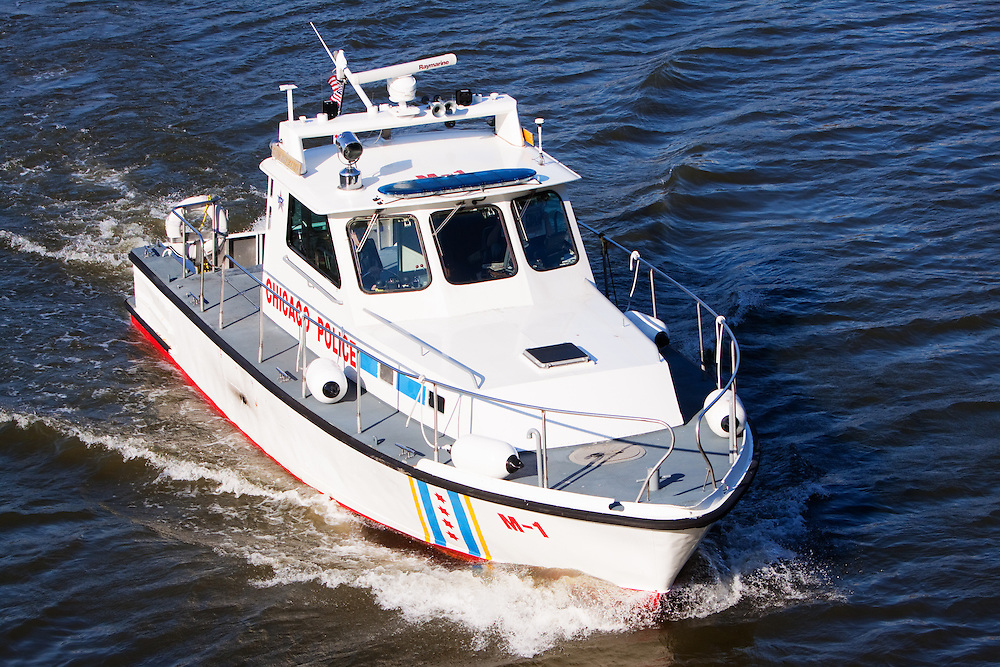 Patrolling the Chicago River near 18th St., Chicago Police boat M-1 cruises south.