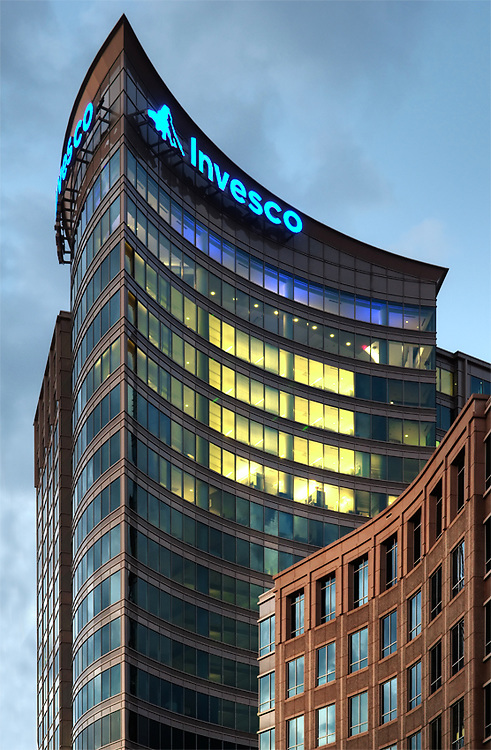Invesco Corporate Headquarters<br /> Two Peachtree Point<br /> Smallwood, Reynolds, Stewart, Stewart and Associates, Inc. - Architect