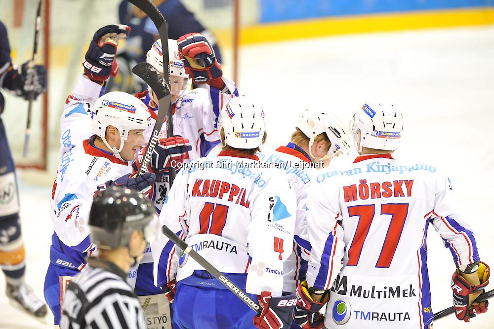 Mestis-ottelu Kiekko-Vantaa - KeuPa HT pelattiin Tikkurilassa 15.10.2014
