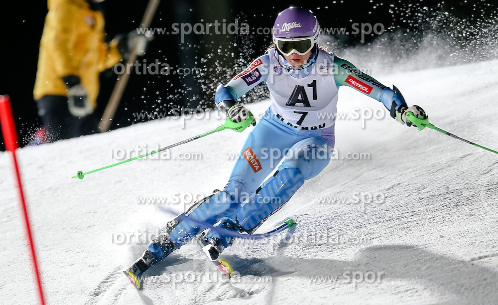 13.01.2015, Hermann Maier Weltcupstrecke, Flachau, AUT, FIS Weltcup Ski Alpin, Flachau, Slalom, Damen, 1. Lauf, im Bild Tina Maze (SLO) // Tina Maze of Slovenia in action during 1st run of the ladie's Slalom of the FIS Ski Alpine World Cup at the Hermann Maier Weltcupstrecke in Flachau, Austria on 2015/01/13. EXPA Pictures © 2015, PhotoCredit: EXPA/ Johann Groder
