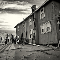 House in Fortescue falls into the sea after permanent damage from hurricane Sandy.<br />