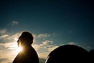 """El Profesor Hernan Quintana, fue el primer director del Departamento de Astronomía y Astrofísica de la Universidad Católica de Chile, en 1996, año en que también se adjudica la Cátedra Presidencial en Ciencia, reconocimiento que recibe por segunda vez en 1999. Fue impulsor y protagonista de una serie de acontecimientos que llevaron al desarrollo de la Astronomía en la UC, quehacer que partió con un primitivo observatorio en el Cerro San Cristóbal en los años 30.  El Profesor Quitana ha explorado la física del Universo y sus grandes estructuras. Ahora está dedicado, entre otros temas, al estudio de los supercúmulos de galaxias, en particular el  """"supercúmulo de Shapley"""", que contiene la mayor concentración de materia en el Universo cercano. Observatorio de la Pontificia Universidad de Chile, Hacienda Santa Martina. Santiago de Chile 30-06-2014 (©Alvaro de la Fuente/Triple.cl)"""