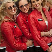 2011 MotoGP World Championship, Round 16, Phillip Island, Australia, 16 October 2011, Umbrella Girls