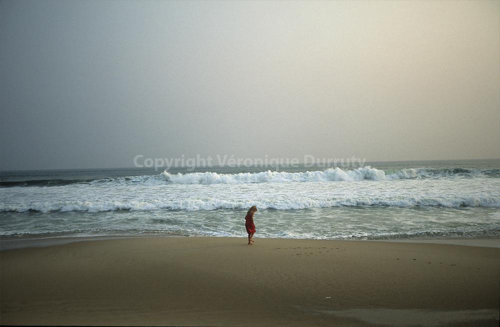 LITTLE GIRL ON POINTE NOIRE BEACH, CONGO