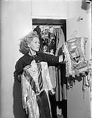 1952 - Miss Wendy Butler at Mount Merrion, Dublin