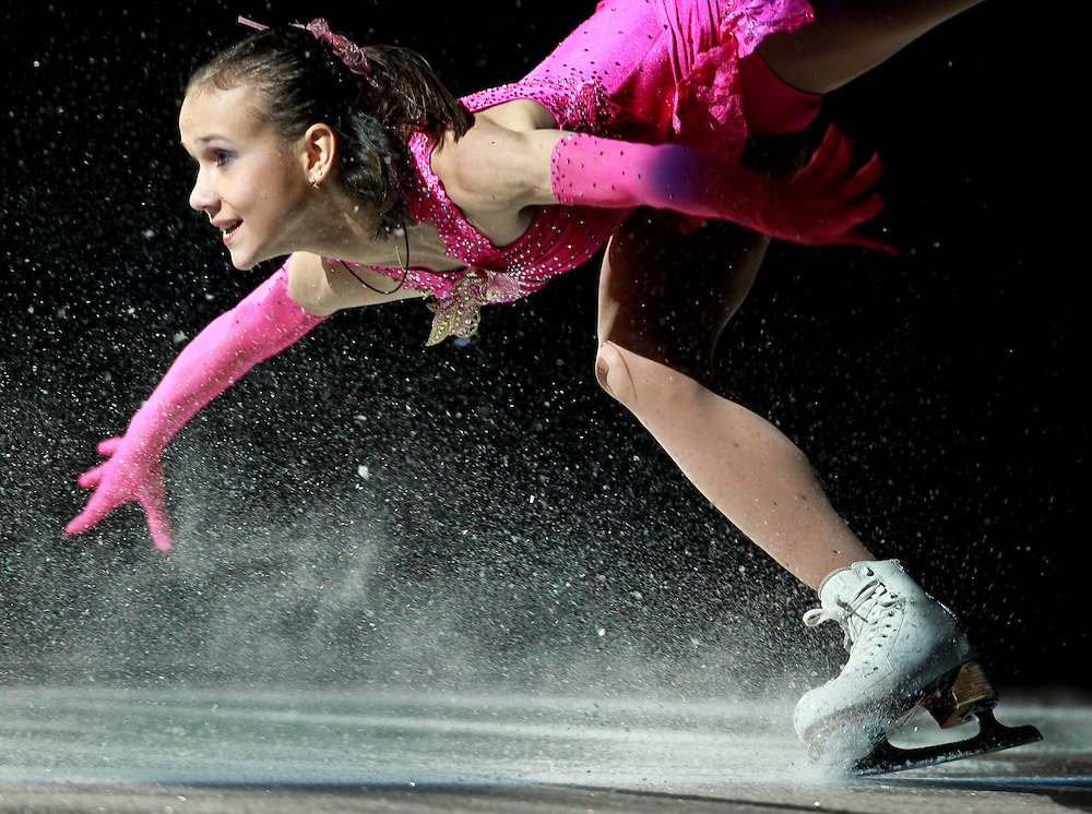 20101031 -- Kingston, Ontario -- Lubov Iliushechkina lands a joump as she and pertner Nodari Maisuradze of Russia skate in the exhibition gala at Skate Canada International in Kingston, Ontario, Canada, October 31, 2010. <br /> AFP PHOTO/Geoff Robins