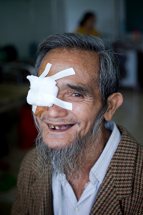 Nguyen Yinh Trang 74 after his cataract surgery with wife Ngo Thi Bay 73 at Binh Dinh Eye Hospital in Quy Nhon city.