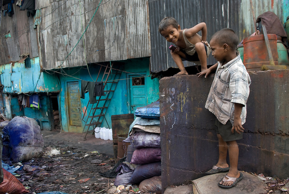 Children play in the plastic recycling area. Dharavi, August 2007