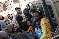 Libya, Sirte: women and children are taken out of the fighting area in Sirte by fighters of the Libyan forces affiliated to the Tripoli government. Alessio Romenzi