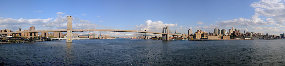 Brooklyn Bridge on East River.