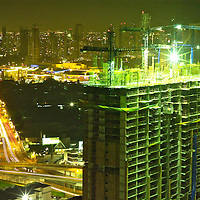 Foreign investors fuel Panama construction boom: Panama City is a hotbead for construction activity.Pictured: Corredor Sur highway cuts across the Bay. Part of the road is constructed over land and part over Panama Bay near the coastline.Corredor sur (south belt), connects the city with Tocumen´s airport.