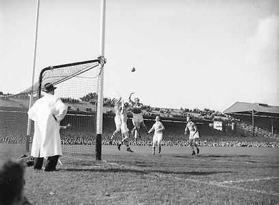 All Ireland Senior Football Championship Final, 25.09.1955, 09.25.1955, 25th September 1955, Kerry 00-12 Dublin 01-06, 25091955AISFCF,.
