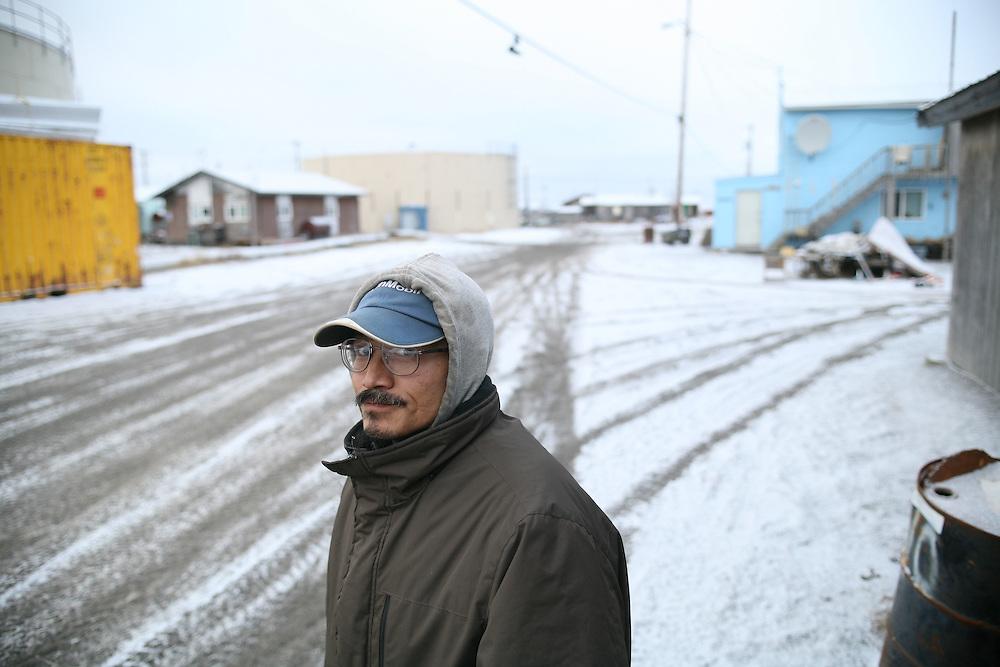 Kivalina artist Ralph P. Knox in Kivalina, Alaska. 2009