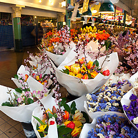 WA09561-00...WASHINGTON - Flowers for sale at the Pike Place Market in Seattle.