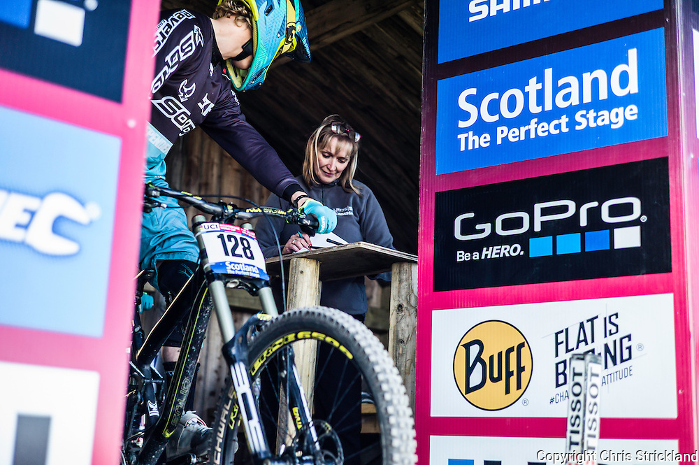 Nevis Range, Fort William, Scotland, UK. 3rd June 2016. Josh Lowe of Great Britain at the start gate. The worlds leading mountain bikers descend on Fort William for the UCI World Cup on Nevis Range. © Chris Strickland / Alamy Live News