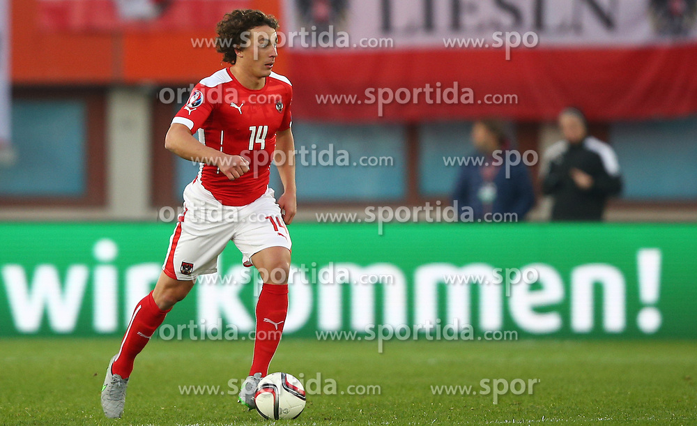 12.10.2015, Ernst Happel Stadion, Wien, AUT, UEFA Euro 2016 Qualifikation, Oesterreich vs Liechtenstein, Gruppe G, im Bild Julian Baumgartlinger (AUT) // during the UEFA EURO 2016 qualifier group G between Austria and Liechtenstein at the Ernst Happel Stadion, Vienna, Austria on 2015/10/12. EXPA Pictures © 2015, PhotoCredit: EXPA/ Thomas Haumer