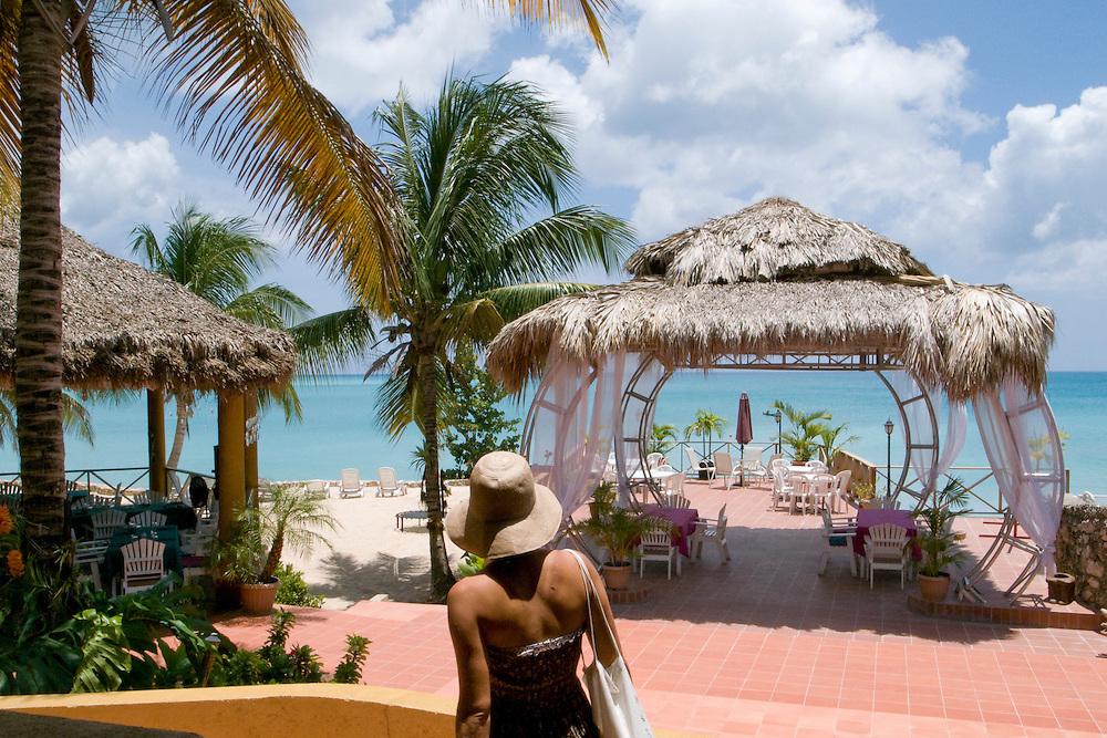 Dan's Creek Hotel, Port-Salut, Haiti. 6/11/2009 Photo by Ben Depp