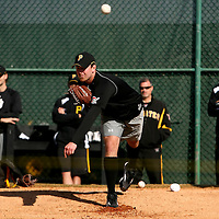 BRADENTON, FL -- January 13, 2010 -- Pittsburg Pirates pitcher Zach Duke works the bullpen during workouts at the Pirate City Spring Training Headquarters in Bradenton, Fla., on Wednesday, January 13, 2010.  (Chip Litherland for the Chip Litherland for the Pittsburgh Tribune-Review)