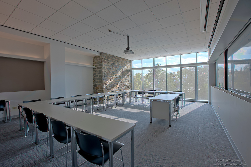 Washington dc interior design image of st albans school for Interior decorators washington dc