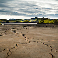 Mud and mountins by Sveinstindur in the highlands of Iceland