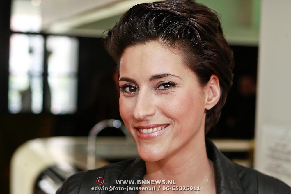 NLD/Amsterdam/20110315 - Boekpresentatie Esther Kreukniet, Kristina Bozilovic