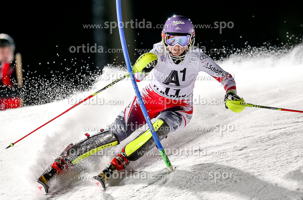 13.01.2015, Hermann Maier Weltcupstrecke, Flachau, AUT, FIS Weltcup Ski Alpin, Flachau, Slalom, Damen, 1. Lauf, im Bild Michaela Kirchgasser (AUT) // Michaela Kirchgasser of Austria in action during 1st run of the ladie's Slalom of the FIS Ski Alpine World Cup at the Hermann Maier Weltcupstrecke in Flachau, Austria on 2015/01/13. EXPA Pictures © 2015, PhotoCredit: EXPA/ Johann Groder