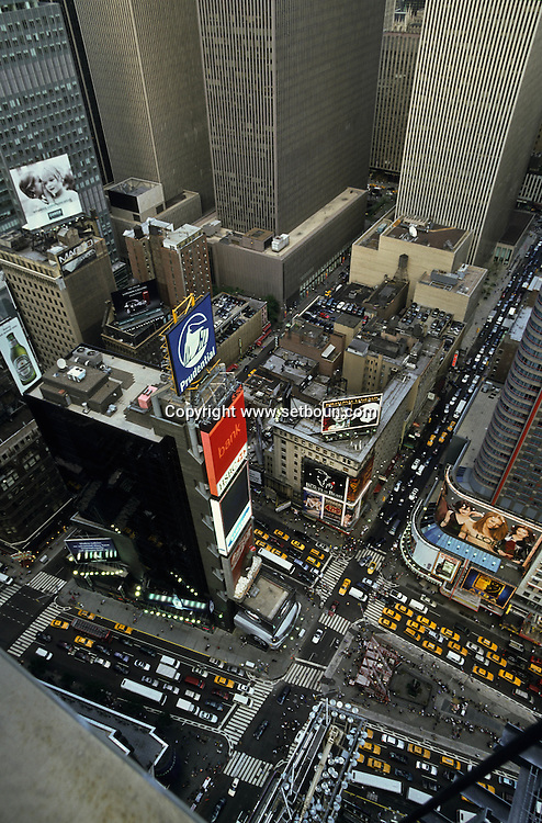 New York. Times square. Broadway view from above, Times square area and skyscrapers vNew York - United States /  Boadway vue d 'en haut, Times square buildings New York - Etats Unis