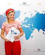 KONINGIN MAXIMA neemt MS Atlas in ontvangst op Wereld MS Dag
