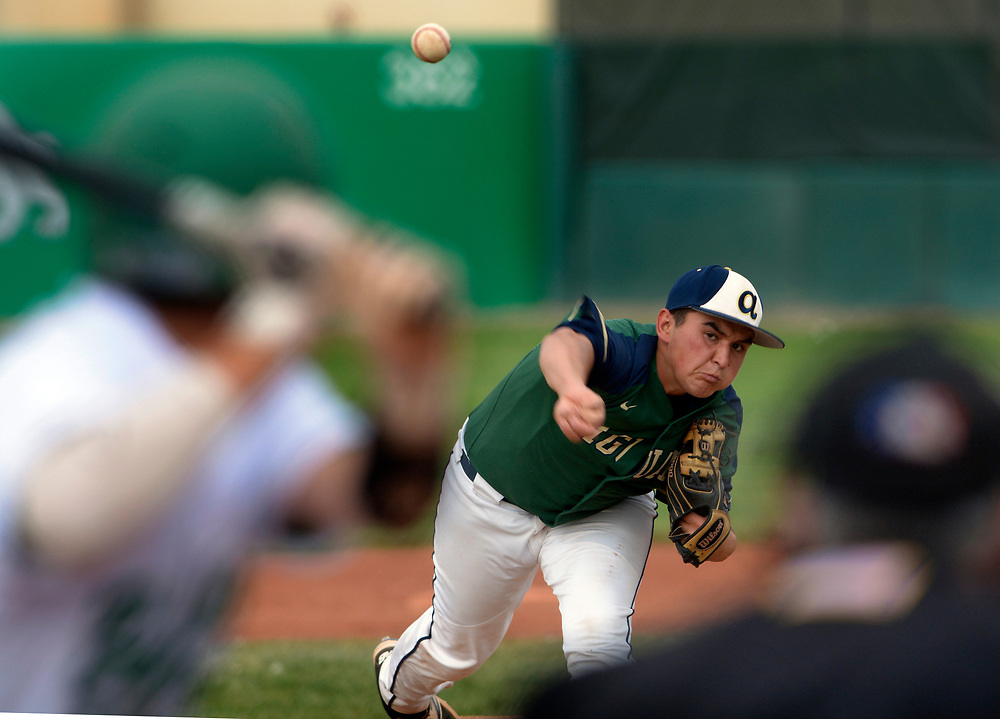 gbs041117s/SPORTS -- Atrisco Heritage's Steven Barboa pitches in the fifth inning of the game at Albuquerque High on Tuesday, April 11, 2017.(Greg Sorber/Albuquerque Journal)