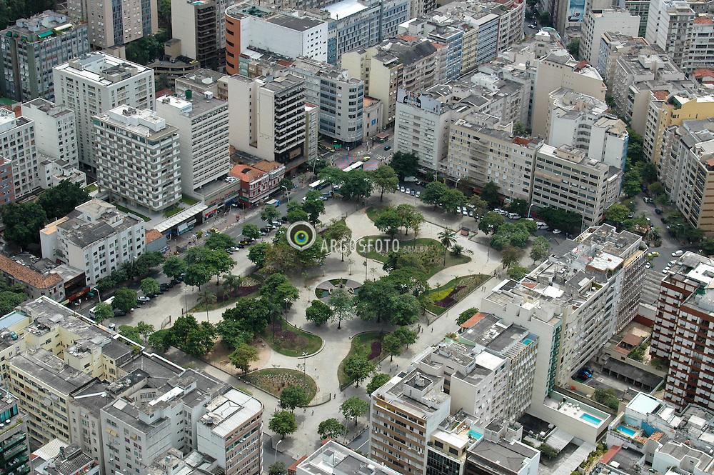 Praca Nossa Senhora da Paz em  Ipanema, no Rio de Janeiro. Integrou o projeto de urbanizacao do bairro coordenado pelo Barao de Ipanema a partir de 1894 / Nossa Senhora da Paz Square at Ipanema district at Rio de Janeiro, Brazil
