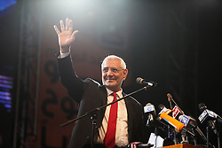 After more than two and a half hours of introductions, Aboul Fotouh finally took to the podium to address supporters..