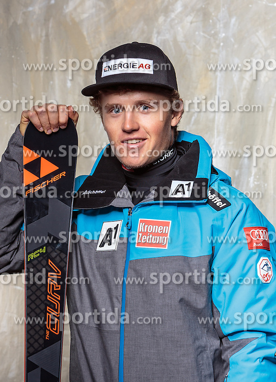 08.10.2016, Olympia Eisstadion, Innsbruck, AUT, OeSV Einkleidung Winterkollektion, Portraits 2016, im Bild Maximilian Lahnsteiner, Ski Alpin, Herren // during the Outfitting of the Ski Austria Winter Collection and official Portrait Photoshooting at the Olympia Eisstadion in Innsbruck, Austria on 2016/10/08. EXPA Pictures © 2016, PhotoCredit: EXPA/ JFK