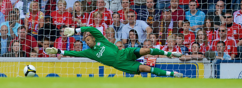 GLASGOW, SCOTLAND - Saturday, August 2, 2008: Liverpool's goalkeeper Diego Cavalieri during a pre-season friendly match against Glasgow Rangers at Ibrox Stadium. (Photo by David Rawcliffe/Propaganda)