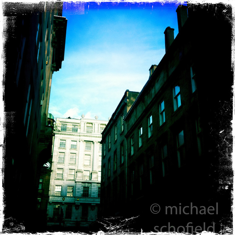 Queen Street, Glasgow..Hipstamatic images taken on an Apple iPhone..©Michael Schofield.