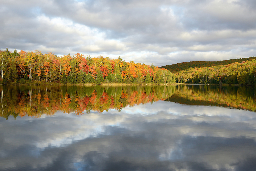 Reflections of all colors on Lake Plumbago<br />