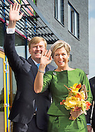 NIJKERK - King Willem-Alexander and Queen Máxima on Sunday September 14 attended the celebration of the tenth anniversary of the Protestant Church in the Netherlands (PKN). The celebration takes place in church Fountain in Nijkerk. COPYRIGHT ROBIN UTECHT