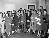 1961 - I.C.A. (Irish Countrywomen's Association) group visit Gael Linn offices, Dublin