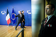 French President Francois Hollande (L) is welcomed by European Commission President Jose Manuel Barroso (R) prior to a meeting, ahead of an international donor conference for the development of Mali, at EU headquarters  in Brussels, Belgium on 15.05.2013 by Wiktor Dabkowski