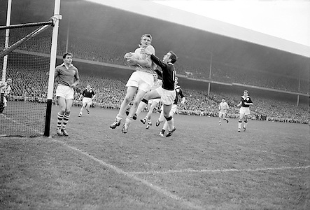 All Ireland Senior Football Championship Final, Dublin v Galway, 22.09.1963, 09.23.1963, 22nd September 1963, Dublin 1-9 Galway 0-10,...Dublin Full Back L. Foley catchs a high ball near own goalmouth and returns to earth with Galway Full Forward S Cleary on right ,..