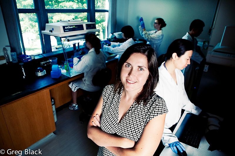 Laura Flynn lab researching stem cell regeneration