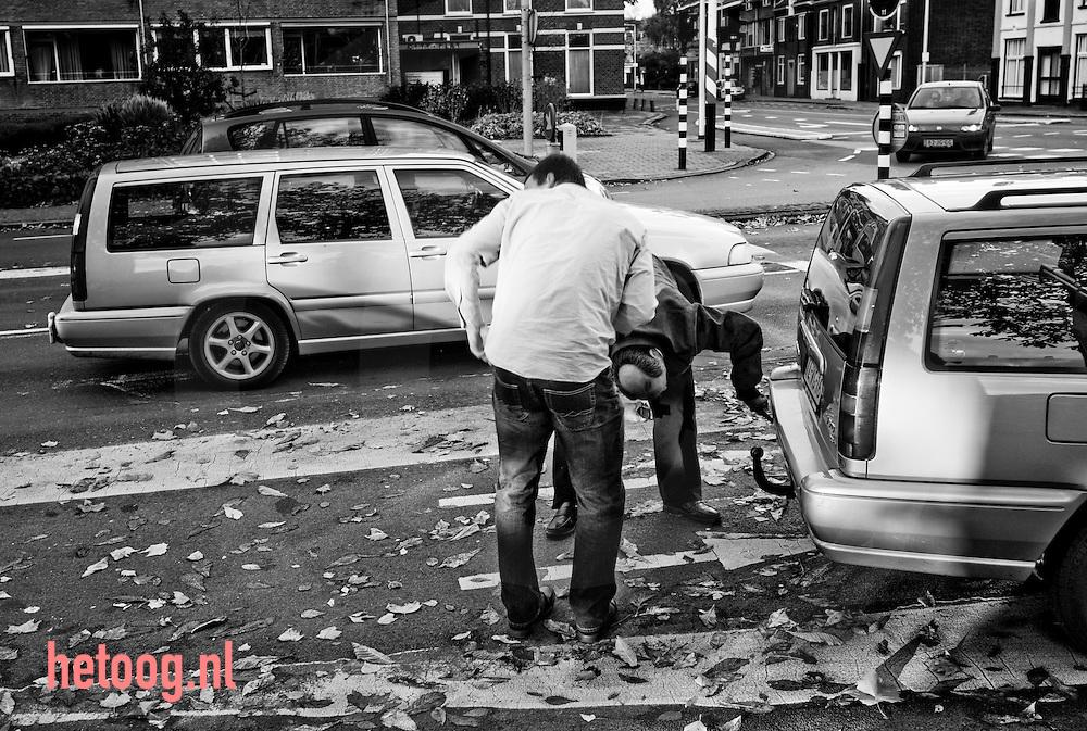 hetOOG waar: Molenstraat Enschede Wat: Bumperfetisjisme Wanneer: 25 oktober 2009 16:24