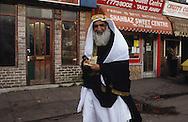 United Kingdom. Birmingham. In muslim area of  Birmingham  United†Kingdom      /  Dans les quartiers musulmans de Birmingham  Birmingham  Grande Bretagne   /  R00017/    L0007463  /  R00017  /  P0005561
