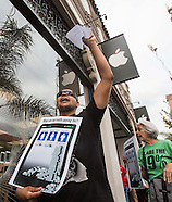 Protest Apple's iPhone 6 and 6 Plus Go On Sale