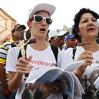 (092015  Havana, Cuba) Worshippers pray as Pope Francis celebrates Mass at the Plaza de la Revolucion in Havana, Sunday,  September 20, 2015. photo by Angela Rowlings.