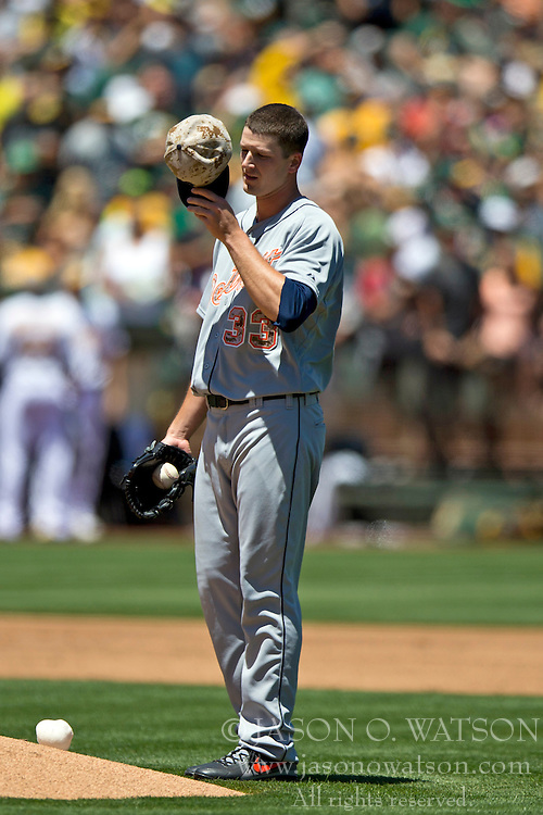 OAKLAND, CA - MAY 26:  Drew Smyly #33 of the Detroit Tigers reacts after giving up a home run to Brandon Moss #37 of the Oakland Athletics (not pictured) during the second inning at O.co Coliseum on May 26, 2014 in Oakland, California. (Photo by Jason O. Watson/Getty Images) *** Local Caption *** Drew Smyly