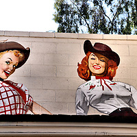 Two Cowgirls Mural by Med&iacute;na in Scottsdale, Arizona<br />