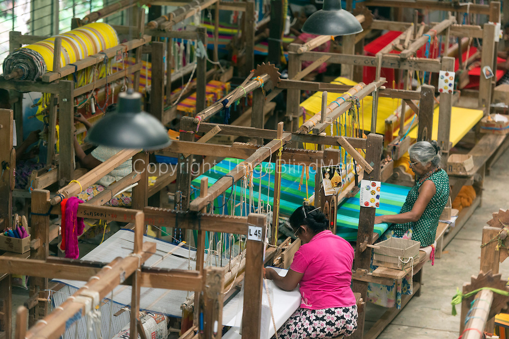 BAREFOOT Pvt. Ltd.<br /> A Weaving Centre - hand looms at work.
